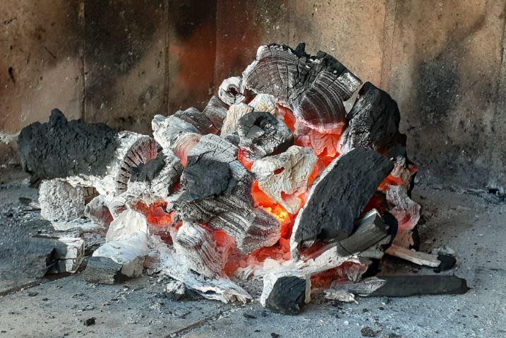 Como hacer fuego para el asado en sólo 3 pasos – Fácil y rápido